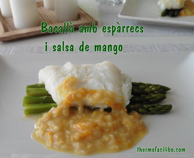 Bacallà amb espàrrecs i salsa de mango