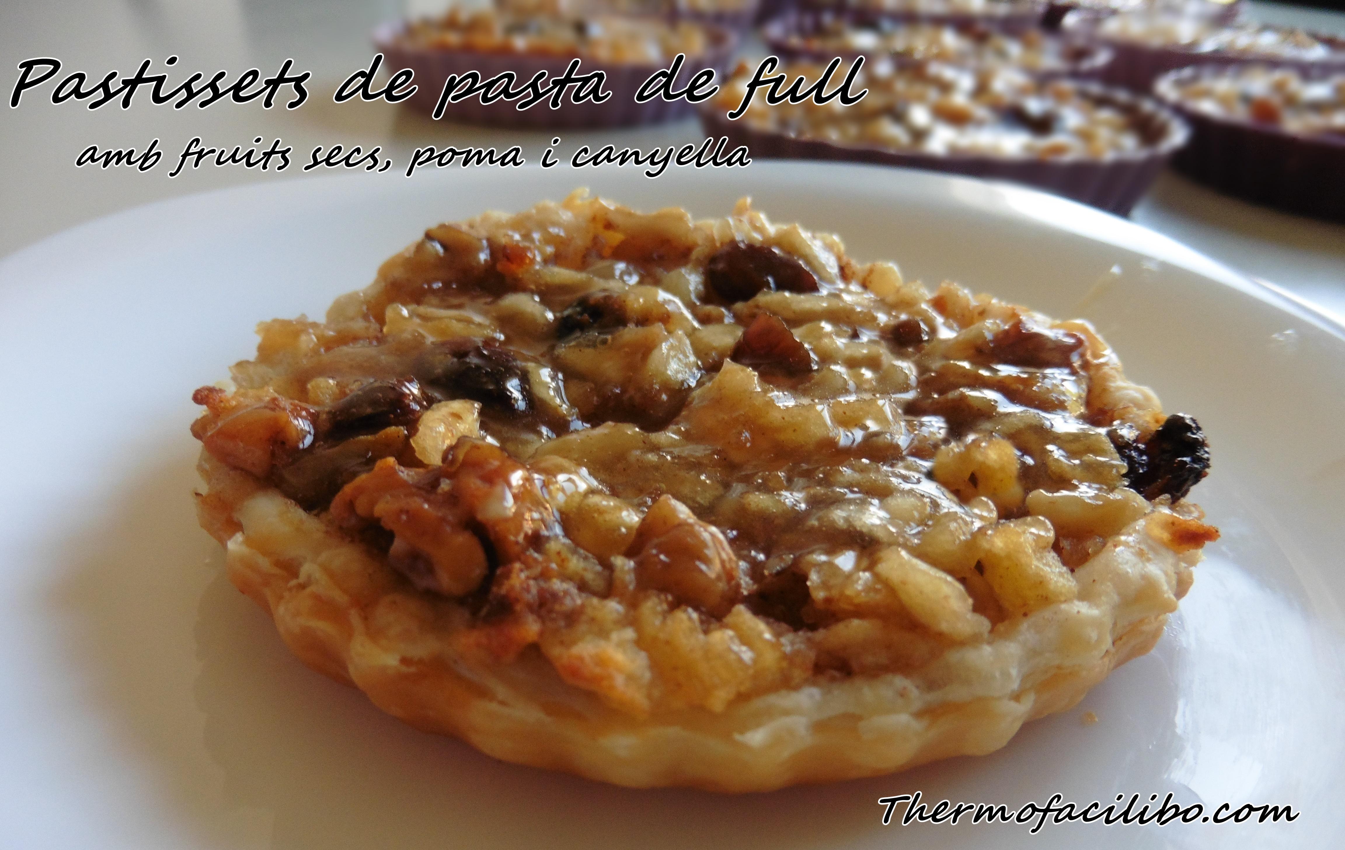 pastissets-de-fruits-secs-poma-i-canyella-3