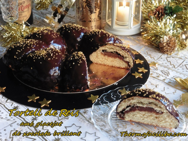 tortell-de-reis-amb-glacejat-de-xocolata-brillant