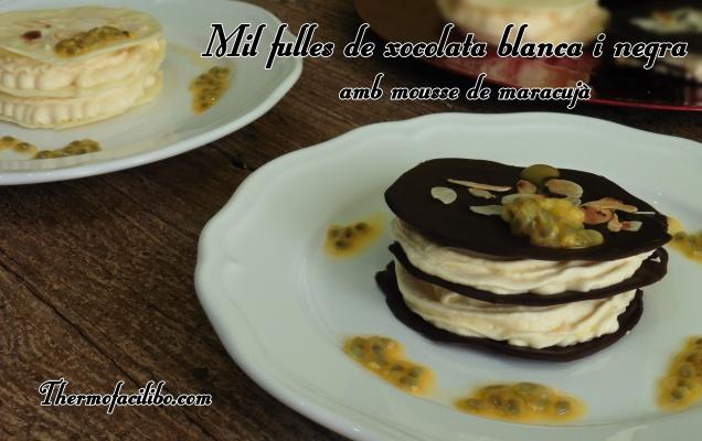 mil-fulles-de-xocolata-blanca-i-negra-amb-mousse-de-maracuja-2