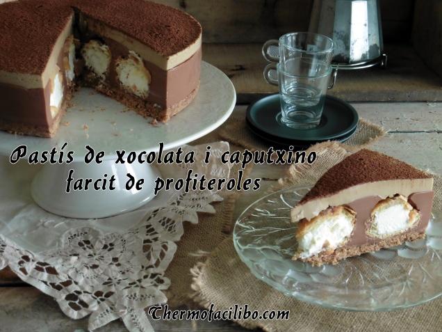 Pastís de xocolata i caputxino..