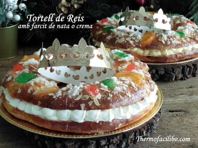 Tortell de Reis farcit de nata o crema.4