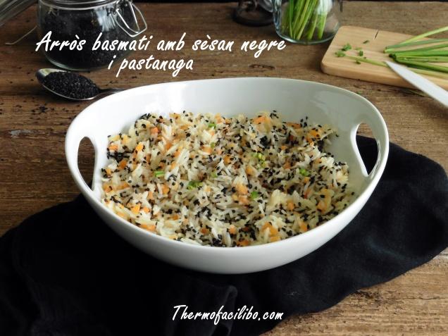 Arròs basmati amb sèsam negre i pastanaga