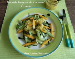 Amanida lleugera de carbassó i mango