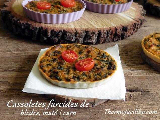 Cassoletes farcides de bledes, mató i carn