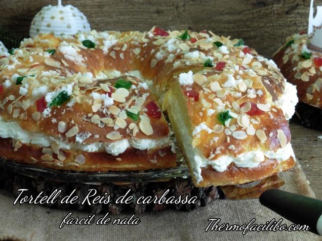 Tortell de Reis de carbassa farcit de nata.1