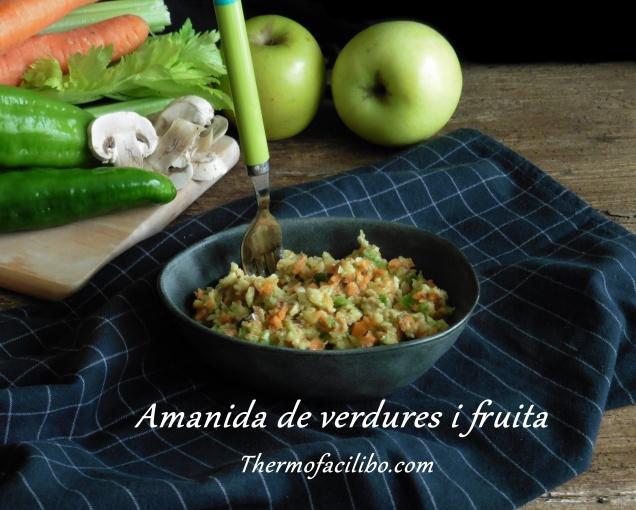 amanida de verdures i fruita