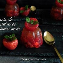 Flamets de maduixes en gelatina de te+